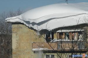 Опасность сверху: остерегайтесь схода снега и падения сосулек